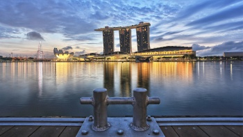 A shot of Marina Bay Sands and the ArtScience museum at dusk