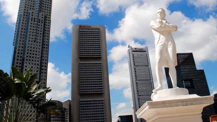 The Raffles Statue is a national icon.