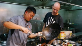 Wayne Liew from Singapore cult eatery Keng Eng Kee meets Australian chef Brent Savage to share his passion for food and explore Singapore's dining scene.