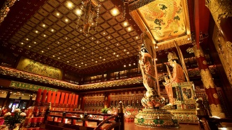 The Buddha Tooth Relic Temple & Museum is worth a visit as it houses the Sacred Buddha Tooth Relic.