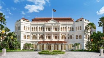 Shot of the exterior view of Raffles Hotel