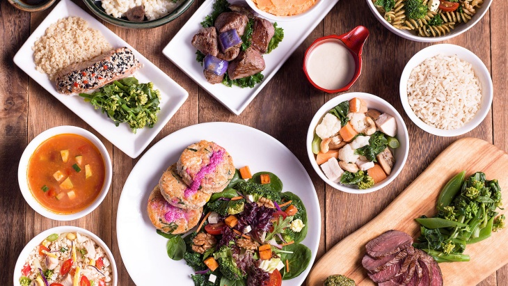 A spread of YOLO's non-processed and paleo-friendly dishes.