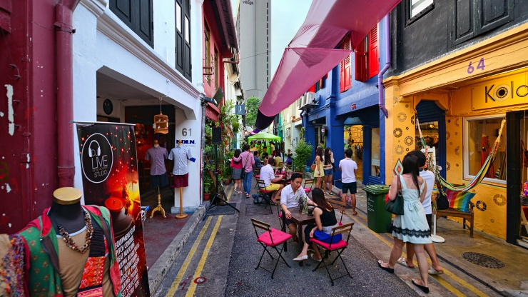 Haji Lane offers an interesting mix of independent boutiques selling a great selection of items