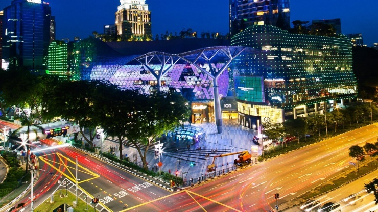 Orchard Road, Singapore is nothing short of a shopper's paradise.