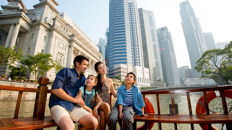 Enjoy the sights and sounds of the city as you cruise down Singapore River.